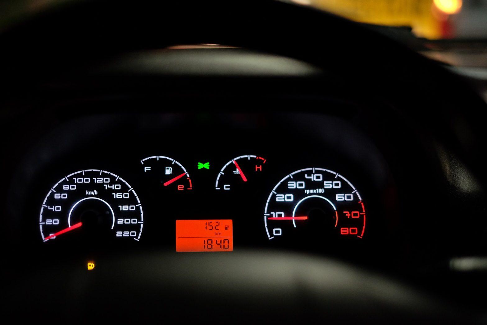 Cadran de bord de voiture